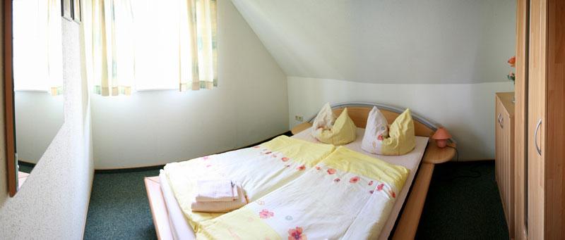 bootshaus rehnus ferienwohnungen bernachten im spreewald. Black Bedroom Furniture Sets. Home Design Ideas